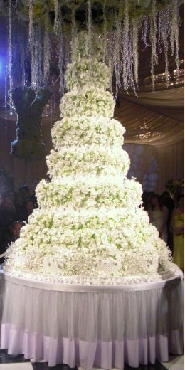 william and kate royal wedding cake. A grand wedding cake