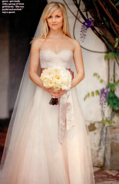 Reese Witherspoon 39s Monique Lhullier wedding gown
