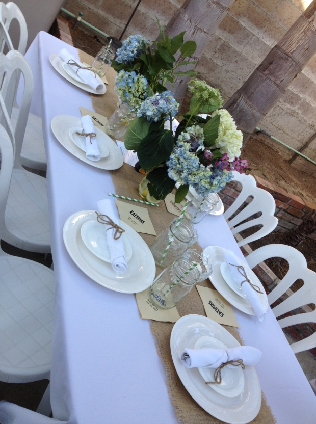 DIY Backyard Table Setting