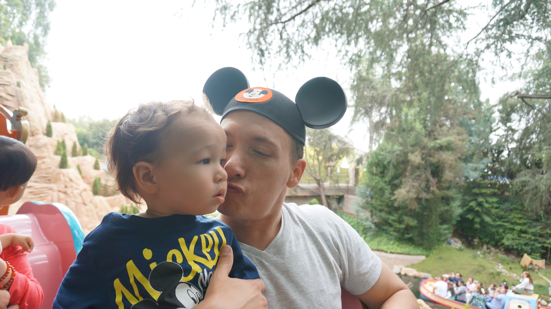Disneyland // train ride