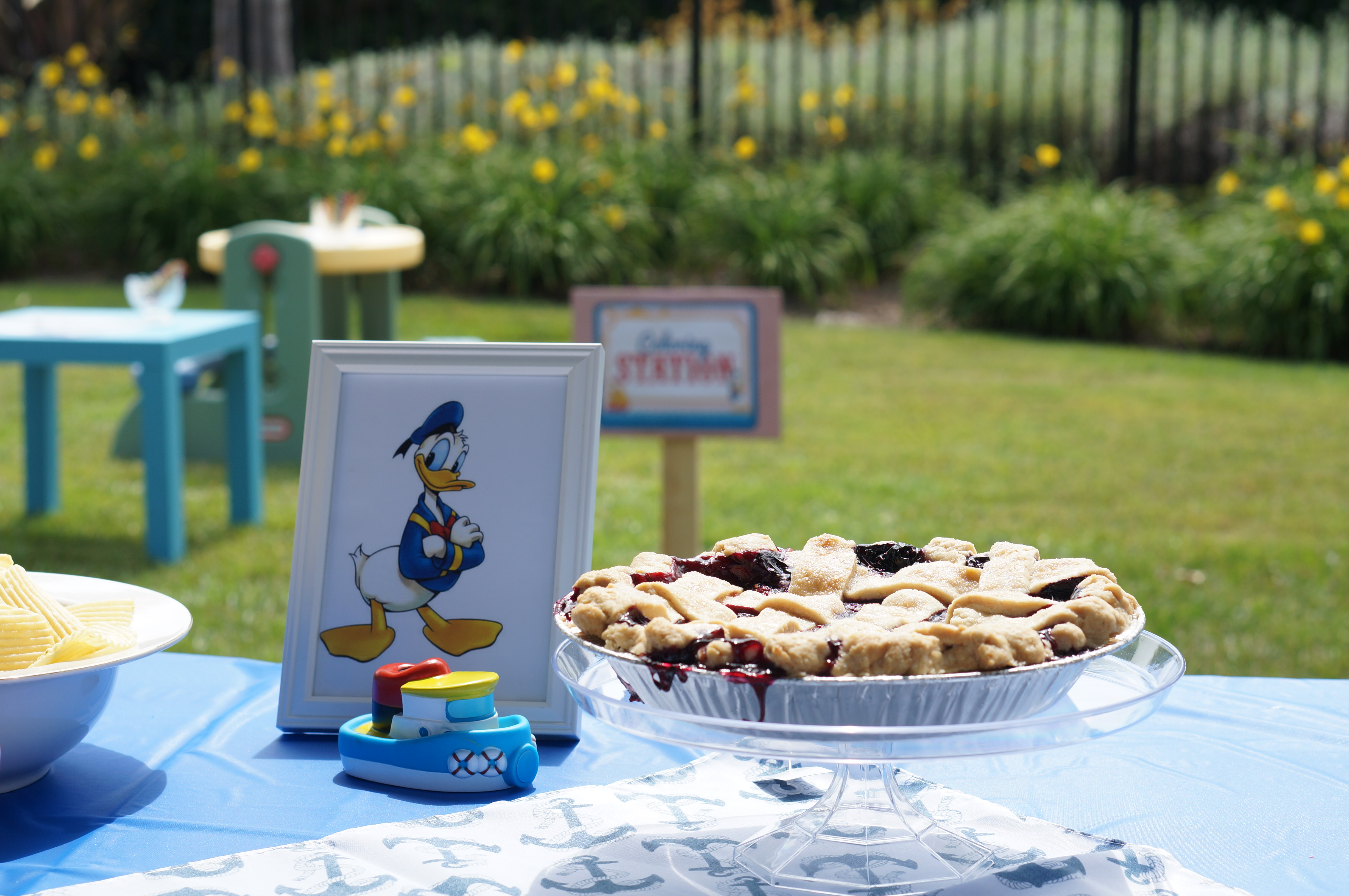 Donald Duck Nautical themed birthday party // pie // desert table