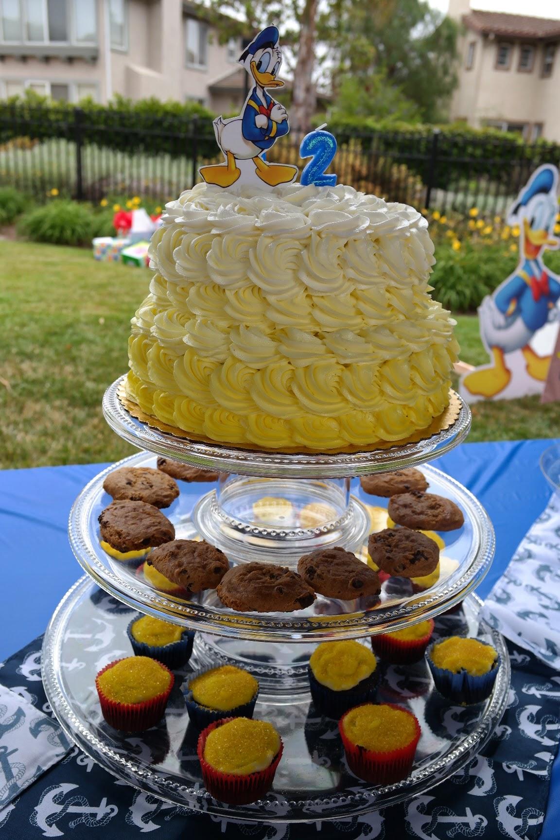 Donald Duck Nautical birthday cake