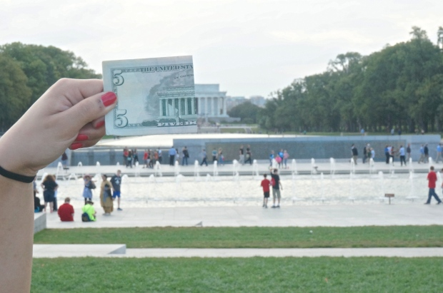Lincoln Memorial_five dollar bill trick