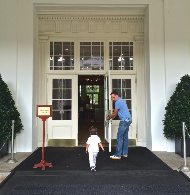 The White House entrance_Washington D.C.