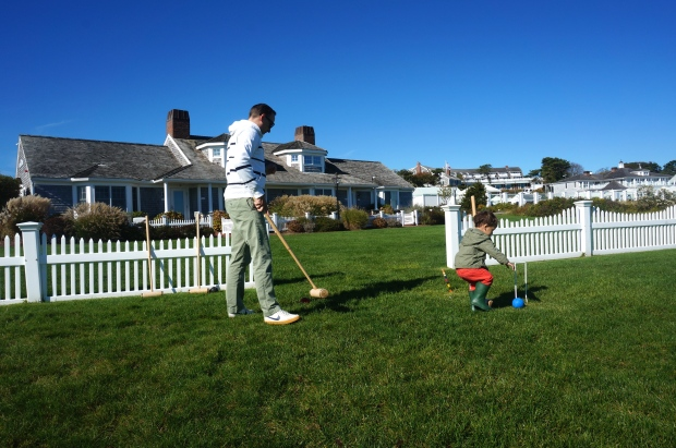croquet playing