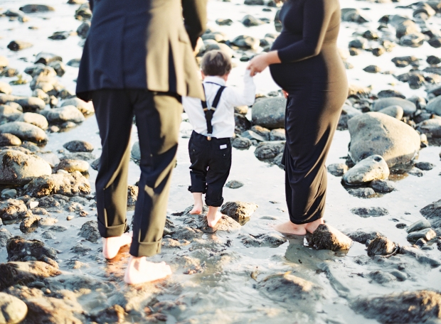 thegreatromance-beach-family-photo